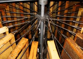 In the honey extractor by Yuleto