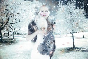 Winter Violin by Sakura060277