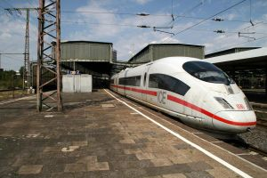 From Amsterdam to Frankfurt by Budeltier