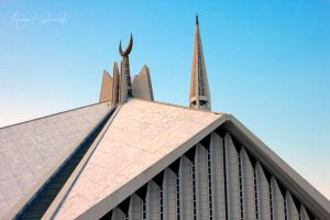 Faisal Mosque by HamidQureshi