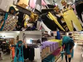 Vocaloid shopping by Nippip