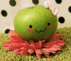 Sweet apple by Dipliner