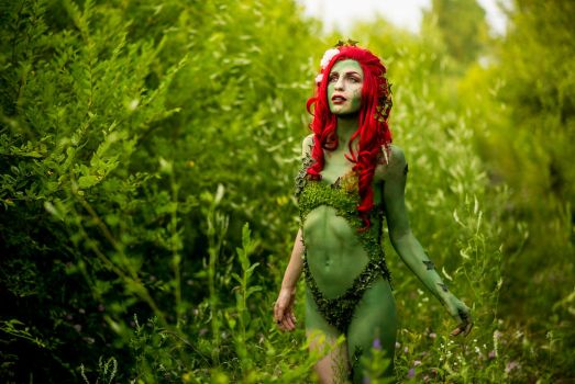 Summer Poison Ivy (Seasons of Ivy Project) by hjsteele
