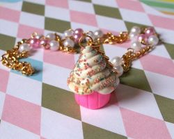 Giant Pink Cupcake Necklace by Cuddlebugeeshi