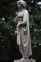 Statue in mourning by MLeighS