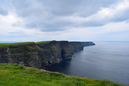 The Cliffs of Moher by Renartus