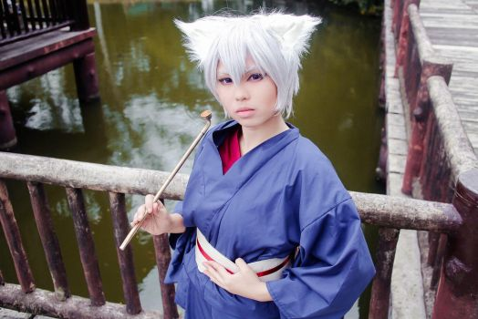 Tomoe by nikoru69