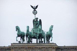 Brandenburg gate Quadriga by Brianetta