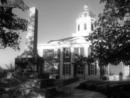Black and White Courthouse by thegreatwolfsage