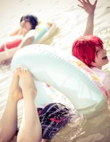 Otoya and Tokiya chill out in the water by YuiMizutama