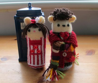 Doctor Who: Four and Sarah Jane 'The Hand of Fear' by fourthimbles