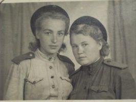 2Russian female soldiers WW2 by UniformFan
