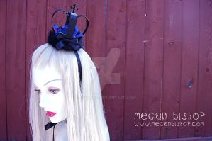 Black x Blue Lolita Crown by apatico