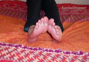 Karina's Feet by KarinaDreamer