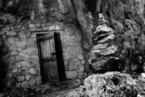 the door and the stones by sakarkral