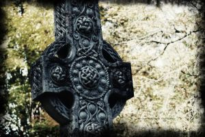 Celtic Cross by HrWPhotography