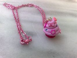 pink cupcake necklace by PinkCakes