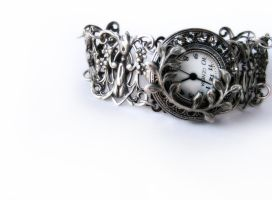 Gothic Silver watch by Aranwen