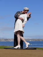 kissing statue by NoRulesStock