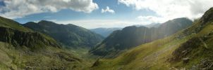 Fagaras - Panorama by CDLush