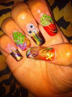 Autumn themed nails by pierrettepaola
