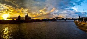 Cologne sunset by andreasbf
