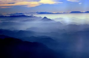 Toros Mountains by Suppi-lu-liuma