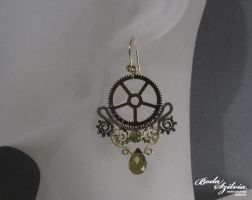 STEAMPUNK QUEEN earrings by bodaszilvia