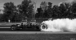 Twin Engine burnout by HotRodJen