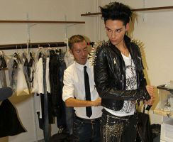 Billie Getting Dressed by MystEryuNwanTed