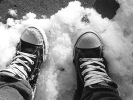 Cold Feet by ThatOneArtistGirl
