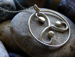 New Triskele Necklace by MoonLitCreations