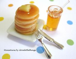 Miniature Pancakes with Syrup by ilovelittlethings