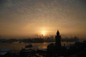 Winter sunset by someoneabletofindana