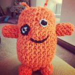 Amigurumi Alien for a mourning Sandy Hook student by gaia3