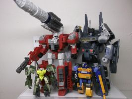 ''AUTOBOTS, ROLL OUT AND KICK SOME ASS!''-GUZZLE by forever-at-peace