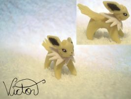 135 Jolteon by VictorCustomizer