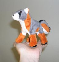 Mini fox plush by Bladespark