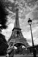 L'amour est different a Paris by oscarsnapshotter