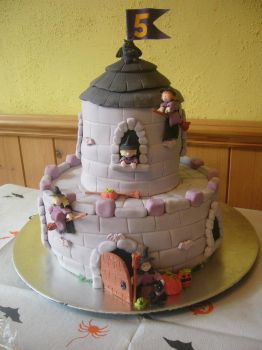 Witch Castle Cake by mike-a