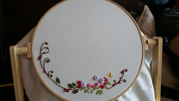 I study embroidery. by gpdnjs4193