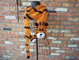 I designed, and made a Hobbes scarf! :D by Tessa4244