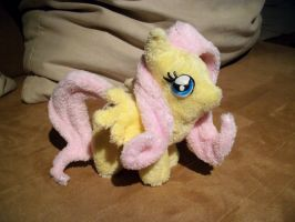 Mini Fluttershy by Fafatacle