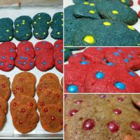 Chocolate MnM Cookies (Coloured with baking dye) by kaydered