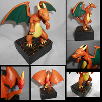 Charizard by KinokoKoneko