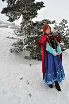 Anna of Arendelle by Become-one-with-me