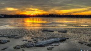 Icy sunset by Klemola