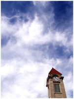 Clock and Clouds by c0rebug