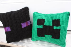 Minecraft Pillows by rdekroon