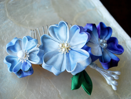 Hopelessly Romantic: Blue Sakura Kanzashi. by hanatsukuri